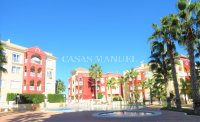 Attractive 2 Bed Apartment in Puerto Marina (11)
