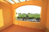 Attractive Top-Floor Apartment with Private Solarium  (5)
