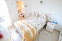 Attractive Top-Floor Apartment with Private Solarium  (8)