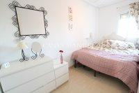 Attractive Top-Floor Apartment with Private Solarium  (11)