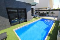 Stunning 3 Bed / 2 Bath Villa with Private Pool (Resale) (9)