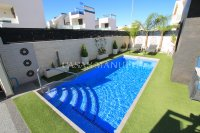 Stunning 3 Bed / 2 Bath Villa with Private Pool (Resale) (4)