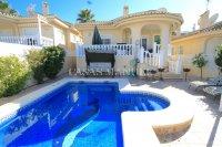 Delightful 5 Bed / 3 Bath Villa With Private Pool  (4)