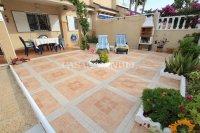 Stunning South-Facing Garden Apartment - Res. Zeniamar II  (3)