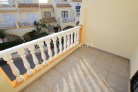 A wonderful 2/3 Bed Townhouse - Central Location (17)