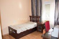 3 Bed / 2 Bath South-Facing Villa - Highly Desirable Setting (3)