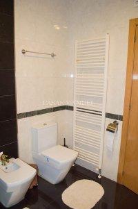 3 Bed / 2 Bath South-Facing Villa - Highly Desirable Setting (8)