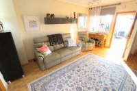 Stylish 3 Bed Townhouse - Sought After Location  (16)
