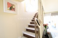 Stylish 3 Bed Townhouse - Sought After Location  (19)
