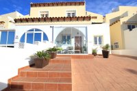 Spacious 2 Bedroom Townhouse - Large 169sqm Plot.