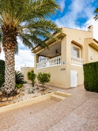 Luxury 4 Bed Villa - Private Pool + Guest Accommodation (9)