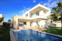 Contemporary 3 Bed Villa with Private Pool (Resale) - Vistabella Golf Resort  (6)