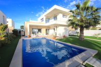 Contemporary 3 Bed Villa with Private Pool (Resale) - Vistabella Golf Resort  (37)