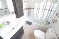 Roomy 3 Bed / 2 Bath Villa - Large Underbuild  (4)