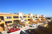 2 Bed Apartment With Solarium + Salt Lake Views  (22)