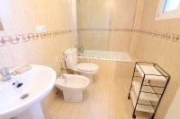 Spacious 2 Bed Garden Apartment With Solarium  (10)