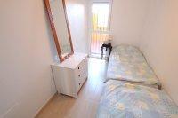 Spacious 2 Bed Garden Apartment With Solarium  (12)