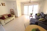 Spacious 2 Bed Garden Apartment With Solarium  (15)