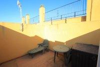 Spacious 2 Bed Garden Apartment With Solarium  (16)