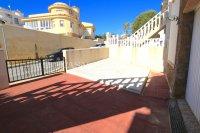 South-Facing Detached Villa with Garage + Sea Views!  (9)
