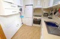 Roomy Top-Floor Apartment - Los Palacios  (7)