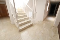 Roomy Top-Floor Apartment - Los Palacios  (13)