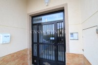 Roomy Top-Floor Apartment - Los Palacios  (16)
