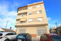 Roomy Top-Floor Apartment - Los Palacios  (0)