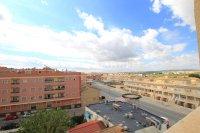 Roomy Top-Floor Apartment - Los Palacios  (20)