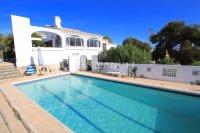Delightful South-West Facing 3 Bed / 3 Bath Villa - Private Pool