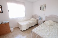 Spacious 3 Bed Townhouse with Sea Views!  (19)