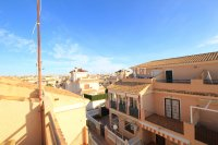 Spacious 3 Bed Townhouse with Sea Views!  (24)