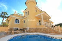 Large 5 Bed / 3 Bath Villa with Private Pool - Corner Plot.  (6)