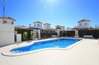 Stunning 3 Bed / 2 Bath Villa With Pool Views  (24)