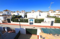 Stunning 3 Bed / 2 Bath Villa With Pool Views  (26)