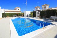 Stunning 3 Bed / 2 Bath Villa With Pool Views  (25)