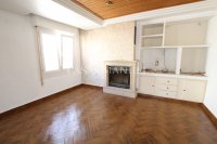 Large 3 Bed / 2 Bath Village Apartment - Corner Aspect  (2)
