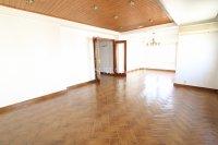 Large 3 Bed / 2 Bath Village Apartment - Corner Aspect  (5)
