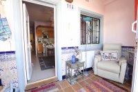 Roomy 1 Bedroom Garden Apartment - Coastal Setting (8)