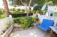 Roomy 1 Bedroom Garden Apartment - Coastal Setting (4)