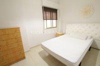 Large 3 Bedroom Riverside Apartment  (7)