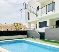 Sizeable South-Facing Semi-Detached Villa