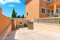 Luxury 5 Bed Villa in Central Quesada (21)