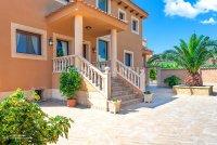 Luxury 5 Bed Villa in Central Quesada (22)