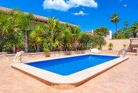 Luxury 5 Bed Villa in Central Quesada (30)