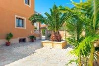 Luxury 5 Bed Villa in Central Quesada (28)