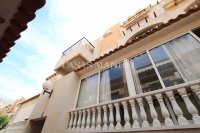 Roomy 2 Bed Apartment - Walking Distance to the Beach (12)