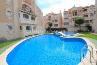 Roomy 2 Bed Apartment - Walking Distance to the Beach (11)