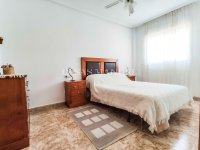 South Facing Cinuelica Top Floor Apartment (5)