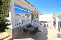 Charming Detached Villa With Pool + Garage  (6)